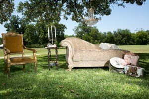 chaise lounge fainting couch sofa bridal boudoir pictures photo shoot rental furniture decor wedding event dallas fort worth