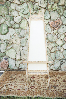 Gold-Dust-Vintage-Rentals-Inventory-Mansfield-Texas-The-Purple-Pebble-Photography-furniture_event_wedding_chairs_peyronet_photography-trays-silver-gold-easel (267x400)