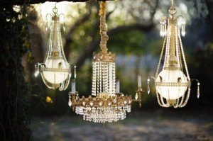 Kt_photography_christmas_minis_fort_dallas_worth_gold_dust_vintage_rentals_event_wedding_furniture_bed_chandeliers-arlington